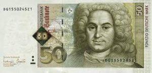Money Changer Menerima Penukaran Dolar Rusak